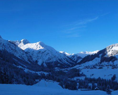Winterpanorama im Kleinwalsertal